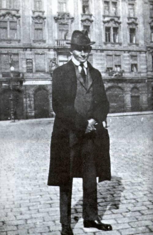 Ime: Kafka1.jpg Pregleda: 49 Veličina: 54.0 KB